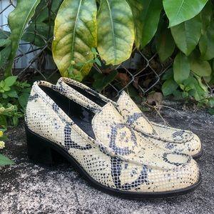 90s Vintage Faux Snakeskin Block Heel Loafers